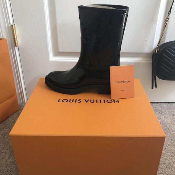 199215dcb2 Louis Vuitton Drops Flat Half Boot NWT